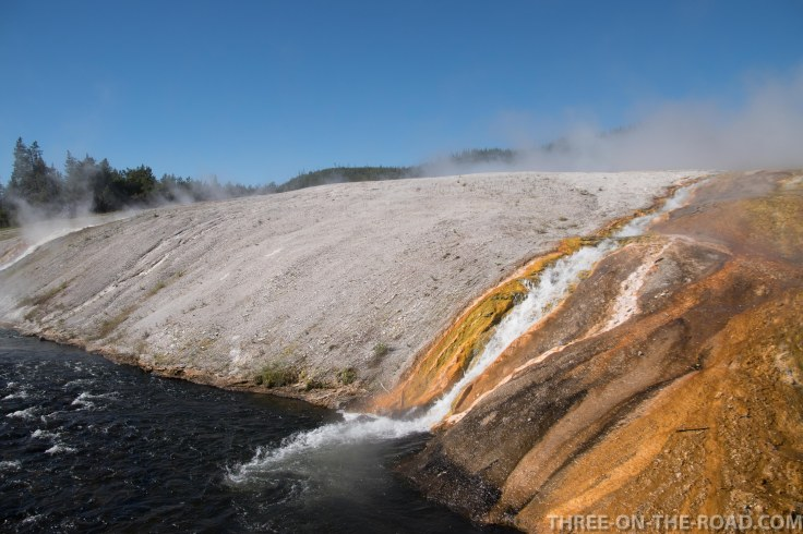 Yellowstone-PrismaticAndFirehole-1